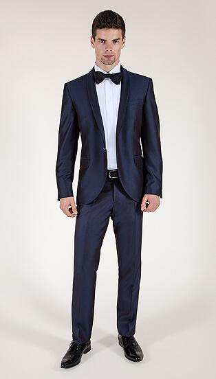 smokingas juodas kostiumas mėlynas