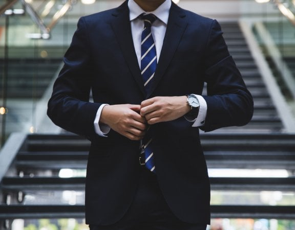 verslininkas ir kosiumas